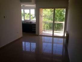 Alquilo departamento de un dormitorio en barrio Rincon de Emilio
