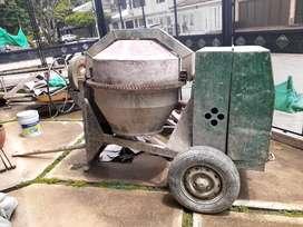 Mescladora de concreto de 1 1/2 sacos