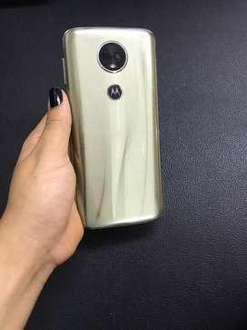 Moto E5 Plus + obsequió