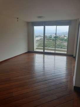 Departamento de renta o alquiler en Cumbaya, Conjunto privado