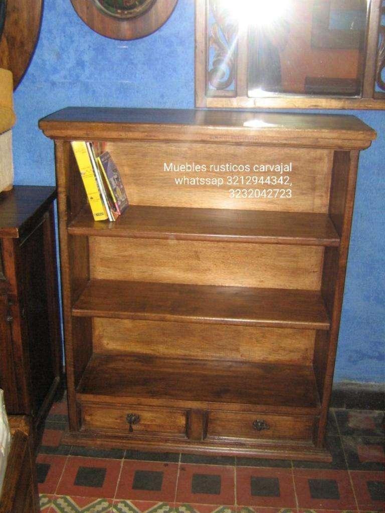 Bibliotecas en Madera Maciza 0