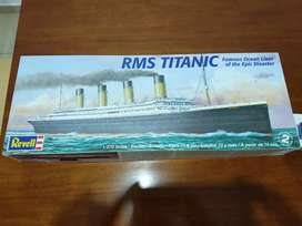 Barco R.M.S Titanic Revell 1:530