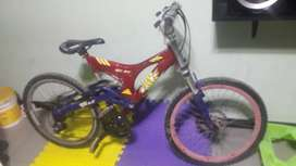 Bicicleta alumio aro 24