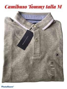 Camiseta tipo polo marca Tommy Hilfiger gris talla M