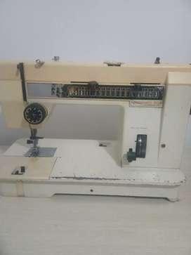 Maquina de coser pfaff 808