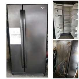 Vendo Refrigeradora de Marca Whirlpool