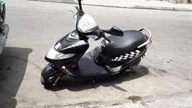 Vendo mi moto suzuki an  un solo dueño