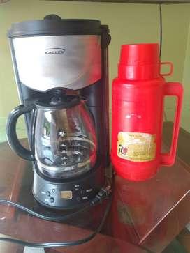 Vendo Cafetera Digital y Termo.