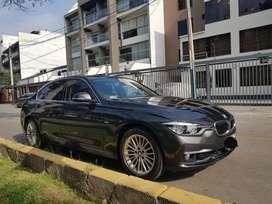 Auto sedan BMW 318i