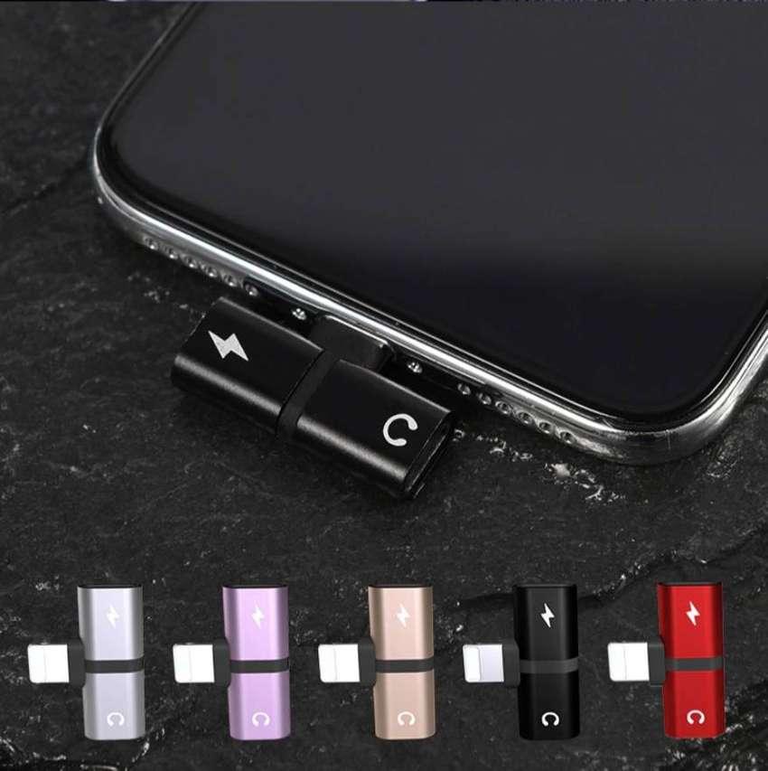 Adaptador Dual Para iPhone, Splitter De Audio Y Carga 2 En 1