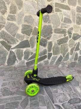 Patineta scooter de 3 ruedas