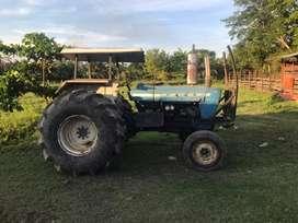 Vendo tractor Ford 5000