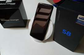 Galaxy S8 64gb + Wireless Charger