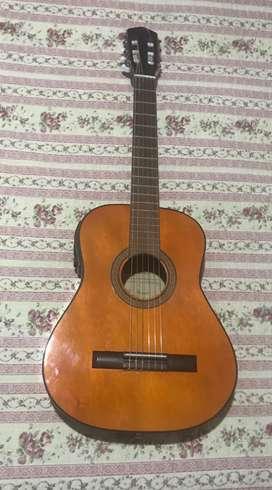 Guitarra Criolla MB Gómez Luthier Con Micrófono