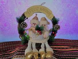 patilargas y coronas navideñas