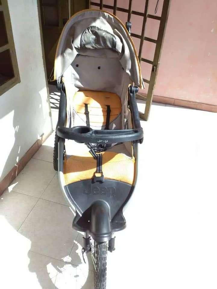 coche JEEP para bebe