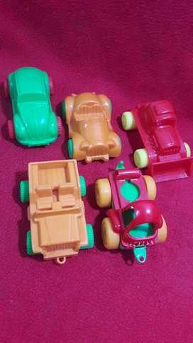 mega price 5 autitos plasticos