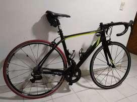 Bicicleta de ruta carbono GW Tourmalet
