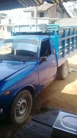 Vendo linda camioneta toyota modelo 77 economica