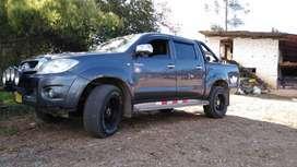 Toyota HILUX 4X2 AÑO 2010