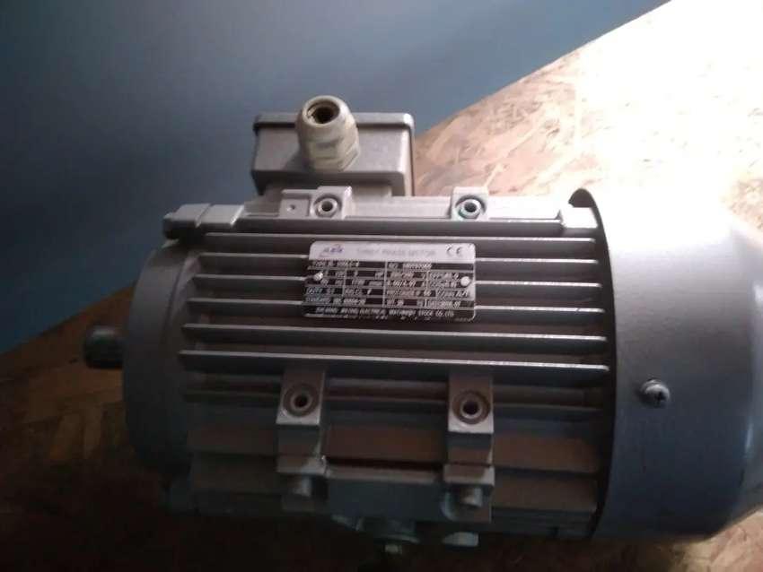MOTOR ELECTRICO 3 HP NUEVO REMATO 0