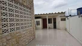 Venta de casa en Alborada con terraza y suite