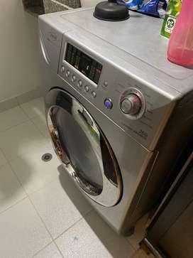 Lavadora secadora hacen drumps 26 L