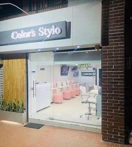 Se vende peluqueria con todo, excelente ubicacion.