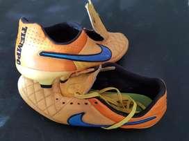 Botines Futbol 11