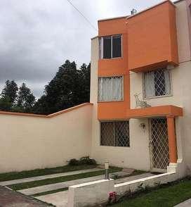 Vendo Casa en Salcedo, Cjto Mediterraneo