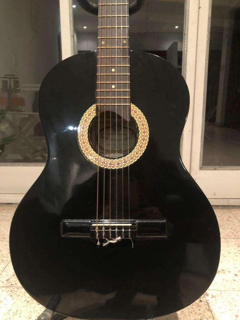 Guitarra Electroacústica 0