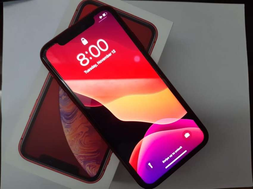 Iphone XR rojo de 64gb (4meses de uso) *negociables 0