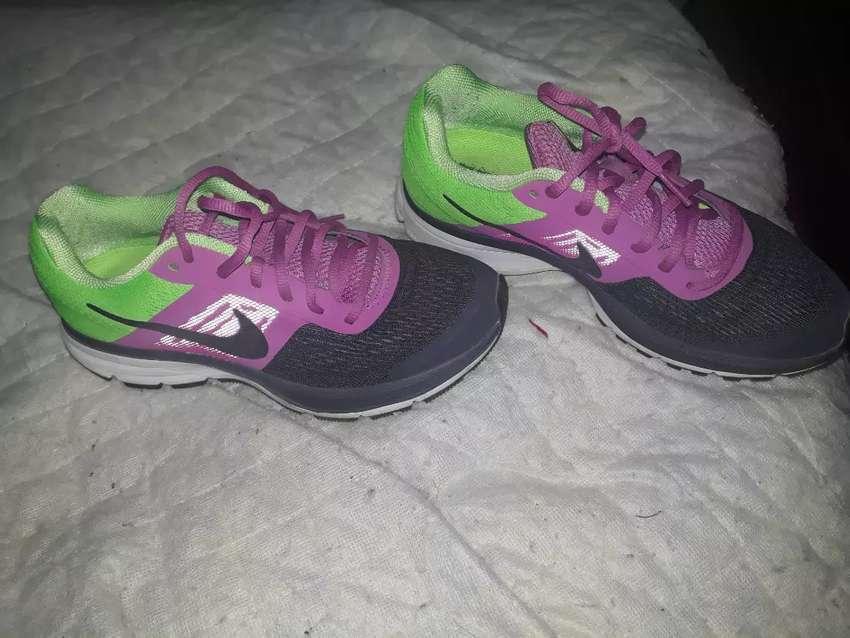 Zapas Nike 38 0