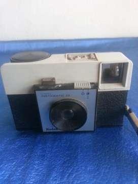 cámara kodak instamatic 25