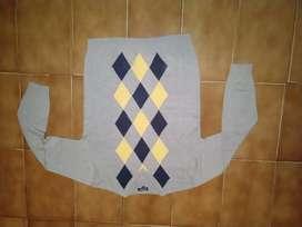 Sweater cuello en V talle 14 usado