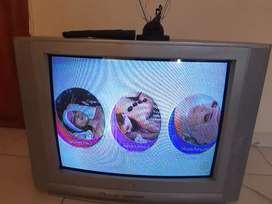 Vendo tv LG de 29/p con antena y control remoto