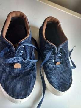 Zapatillas Unisex Snoopy Corderoy Azul
