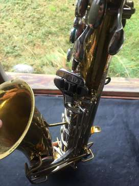 Saxo tenor marca Rex
