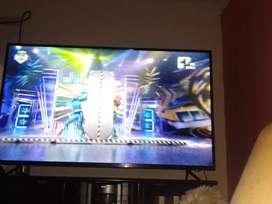 Smart TV 4k hdr como nuevo lo vendo barato por motivo de viaje