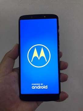 Motorola Moto E5 Plus Usado