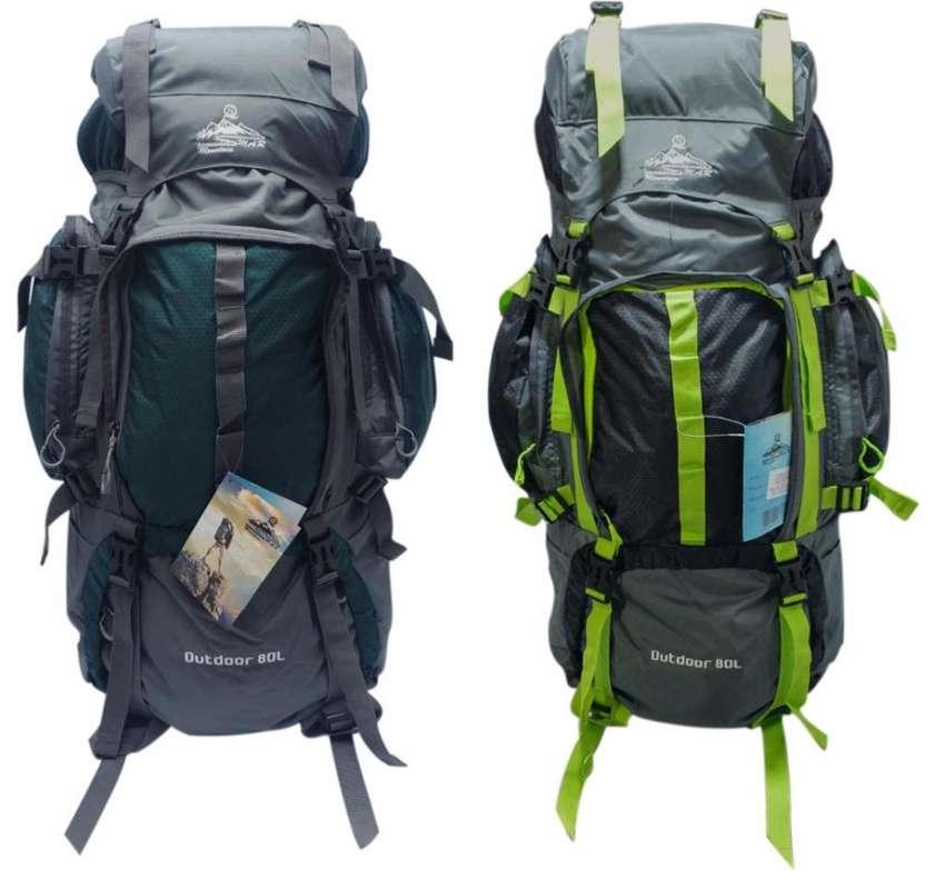 Morral Camping Smar 80 a 90 Litros Varillado Rain Cover
