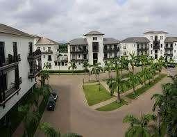 Urbanizacion Lagos del Batán vendo hermoso  terreno de 945 mts ubicado  al canal
