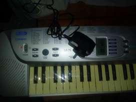 Piano Cassio Sa-75