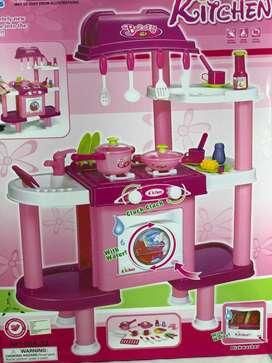Cocina de niñas  de platos y de ropa