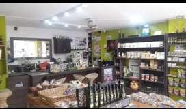 Se vende negocio centro naturista con cafetería