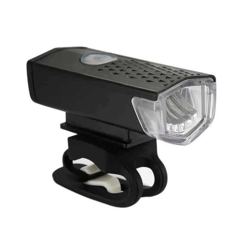 Lámpara LED recargable 0