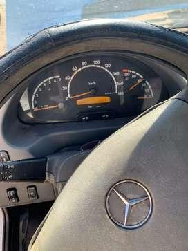 Mercedes Benz sprinter minibús 15+1 Diesel 313dt buena carroseria buena pintura buen interior sin golpes pintura