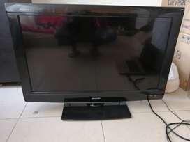 Se vende televisor LCD marca Sharp