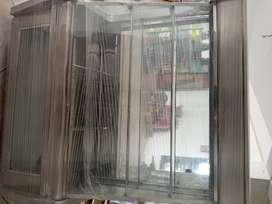 Vendo Nevera Exhibidora, Nevera vertical, Mostrador para pan, y congeladora
