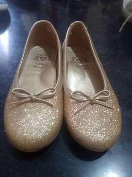 zapatos  en excelente estado,,y sin nada de uso